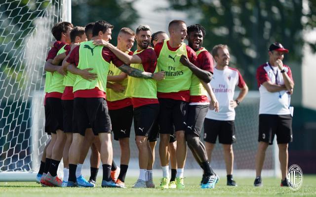AC-Milan-training1.jpg