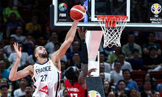 Rudy-Gobert-Block-France-vs-Germany-620x370.jpg