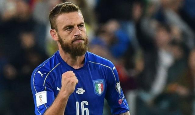 阿根廷踢球的36岁老将德罗西