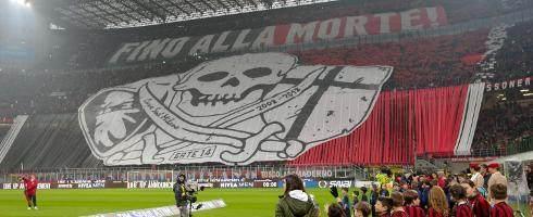 Milan-1804-fans-derby-epa_8.jpg