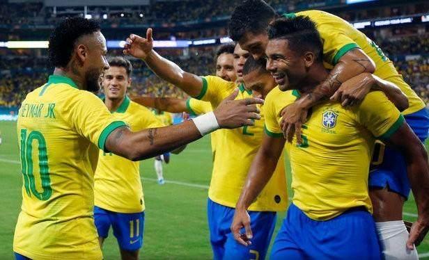 neymar-regressa-e-da-i-show-i-muriel-responde-na-mesma-moeda.jpg