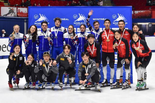Mixed_relay_medallists.jpg