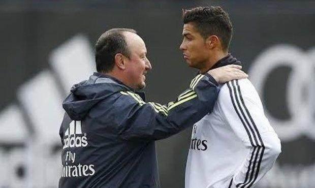 2386537-img-fotbal-real-madrid-ronaldo-benitez.jpg