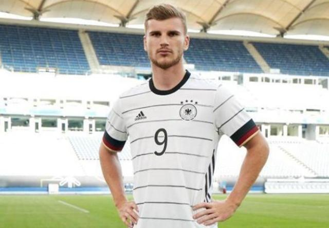 2039067_1_articledetailbig_Timo_Werner_im_neuen_DFB-Outfit._Foto_-_adidas_dpa.jpg