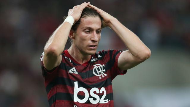 Filipe_Luis_Mao_Na_Cabeca_Flamengo_Inter_Maraca_Reuters_1280.jpg