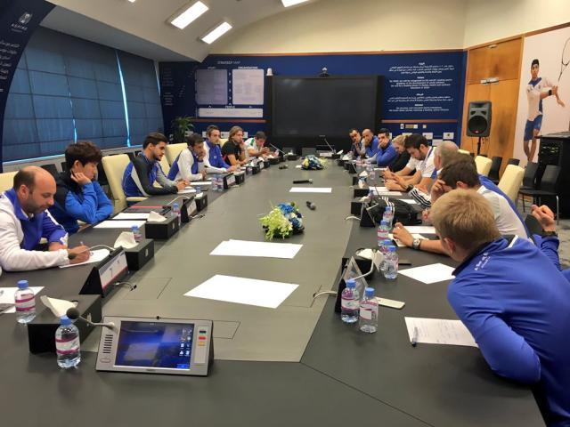5-学院定期组织各种研修班、研讨班,提高教练员水平.jpg