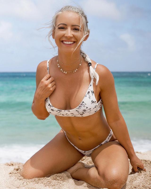 Brooke Millard (6).jpg