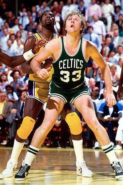 d37e5b6964e13b18f12bb9774ff78373--basketball-legends-basketball-players.jpg