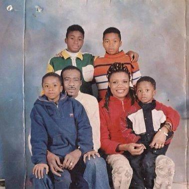 antetokounmpo-family-portrait.jpg