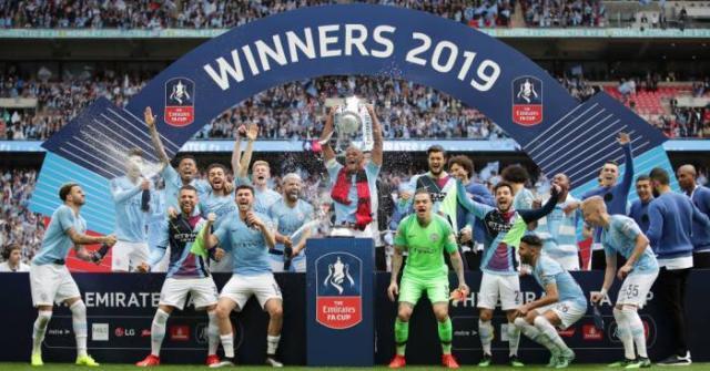 Man-City-FA-Cup-trophy.jpg