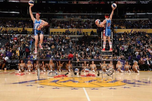 nba-basketball-halftime-entertainment-004.jpg