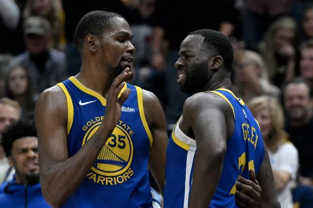 https_%2F%2Fhypebeast.com%2Fwp-content%2Fblogs.dir%2F4%2Ffiles%2F2018%2F11%2Fkevin-durant-golden-state-warriors-players-confront-draymond-green-decision-making-1.jpg