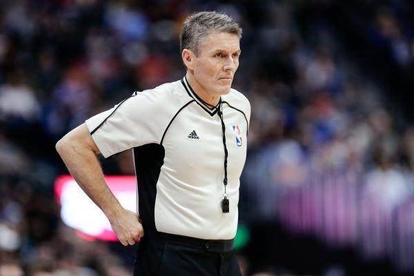 scott-foster-referee.jpg
