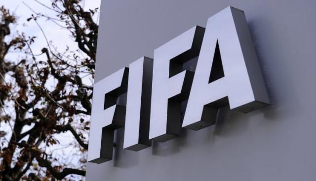 《【天辰娱乐代理奖金】足坛人士为弗洛伊德发声 FIFA劝各国足协谨慎处理》