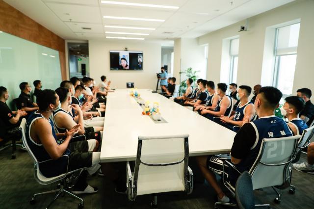 《【天辰娱乐代理】北京两队已提前抵达赛区 首钢正式宣布代理主帅》