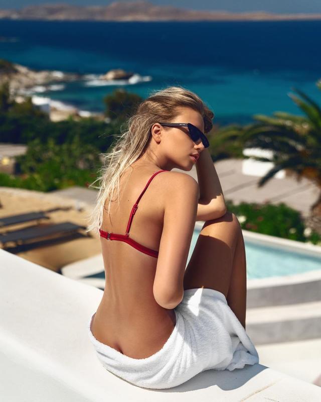 Polina Malinovskaya (29).jpg