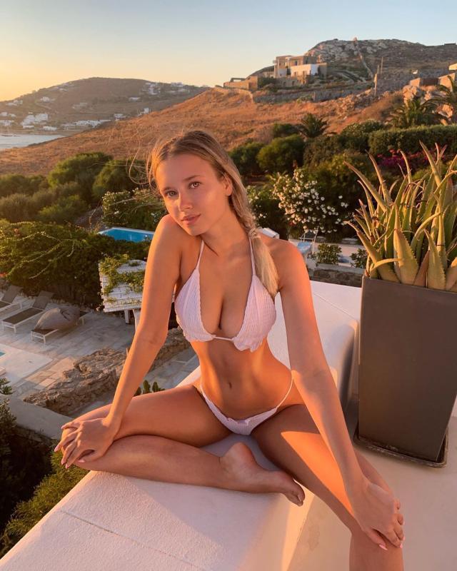 Polina Malinovskaya (28).jpg
