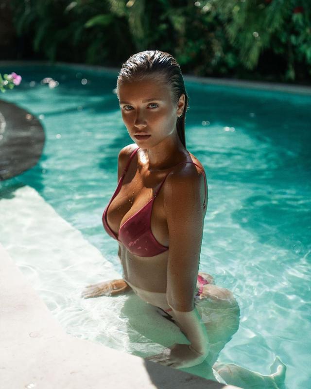 Polina Malinovskaya (36).jpg
