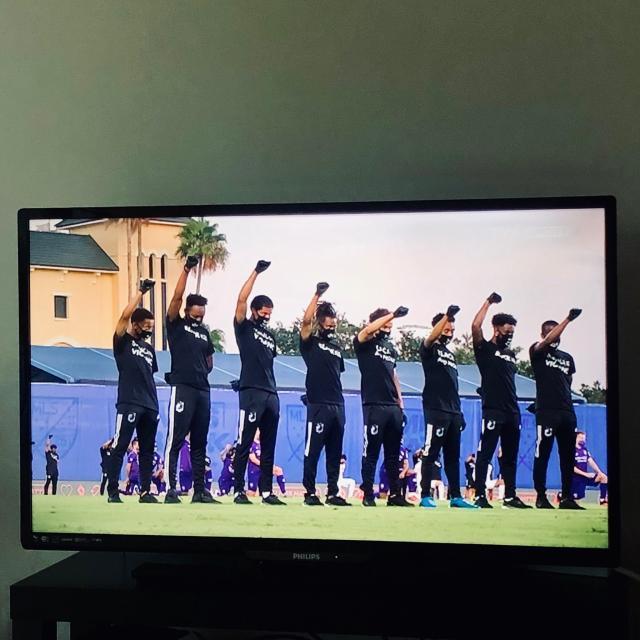 《【天辰代理主管】MLS开幕战:球员穿黑色呼吁种族平等 纳尼打入绝杀》