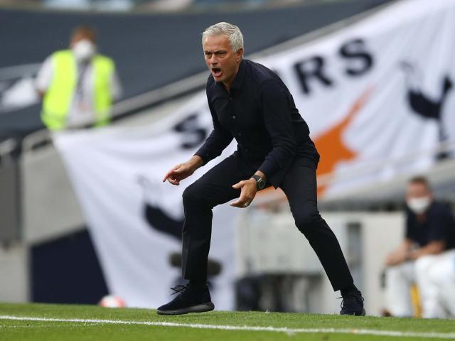 Mourinho (1).jpg