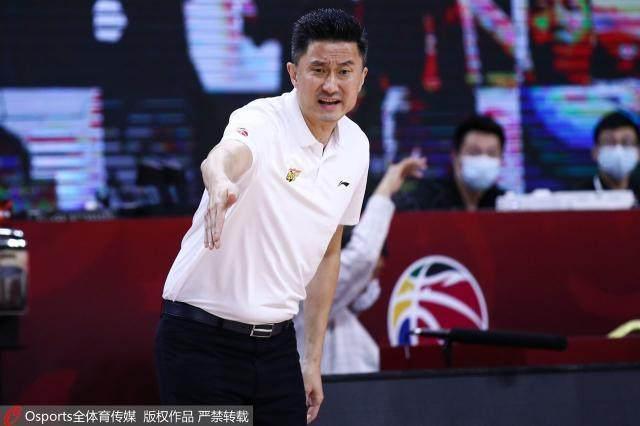 """再捧""""澄海杯""""已成少帅标尺 中国篮球需要更多杜锋"""