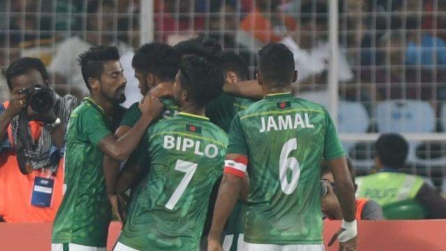 《【天辰直营代理】孟加拉国家队首次集中 近半数球员核酸检测呈阳性》