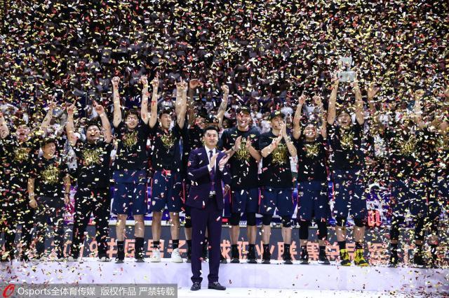 豪门对战:九冠VS六亚新赛季杀进四强的四支足球队
