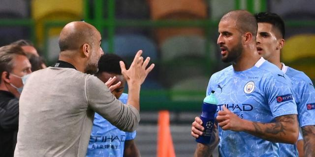 Pep-Guardiola-Kyle-Walker-Manchester-City-scaled.jpg