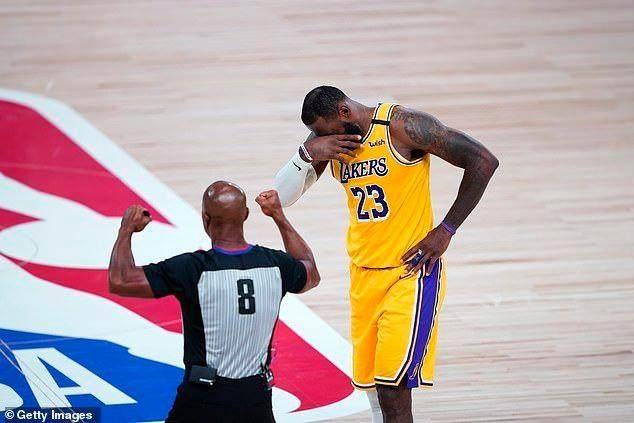 LA-Lakers-of-LeBron-James-lose-Game-1-of-NBA.jpg