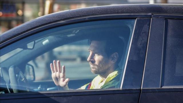 《【天辰代理加盟】梅西返回巴塞罗那 将与新帅科曼进行会谈》