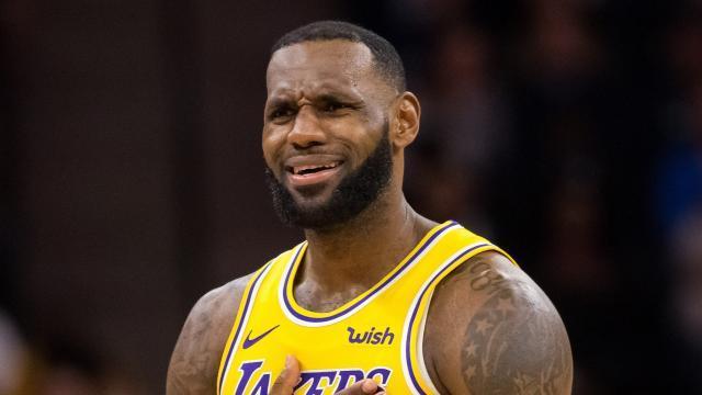 d67b360c-e026-4769-a723-7cd2d8e3eadd-USP_NBA-_Los_Angeles_Lakers_at_Minnesota_Timberwol.jpg