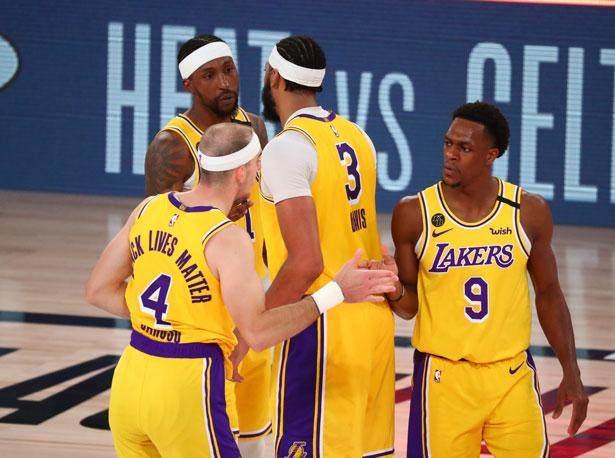 NBA_Lakers_Kentavious_Caldwell_Pope_Anthony_Davis_Alex_Caruso_Rajon_Rondo_2020_USA_615x458.jpg