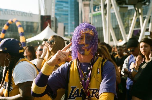 Lakers-Fan.jpg