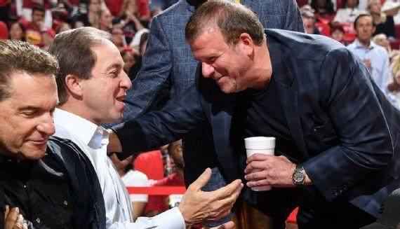 《【天辰直营代理】怕引公愤偷偷给特朗普捐款 NBA老板如何暗度陈仓?》