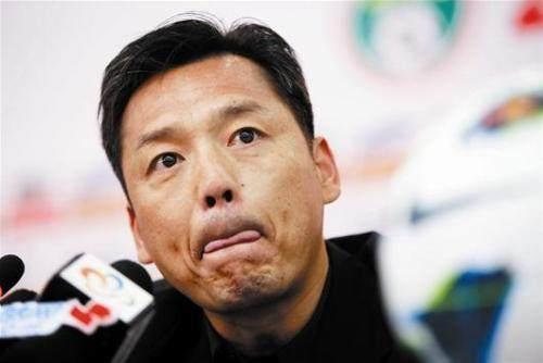 《【天辰平台主管】郑雄:武汉有四名国脚很难踢 正常赛程我们已冲超》