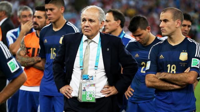 Former-Argentina-Manager-Sabella-Dies.jpg