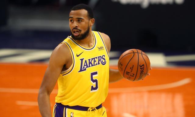 《【天辰总代理】谁是新赛季进步最快球员?NBA球探最看好湖人小将》