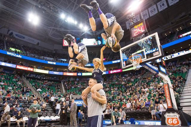 《【天辰平台招商】疫情下的NBA:中场表演者的寒冬尚未过去》