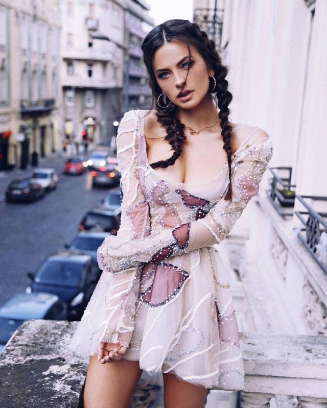 Kristina Mijacevic (3).jpg