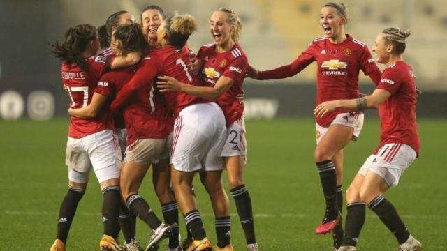 Manchester-United-Women-WSL-scaled-e1604870828885-1024x683.jpg