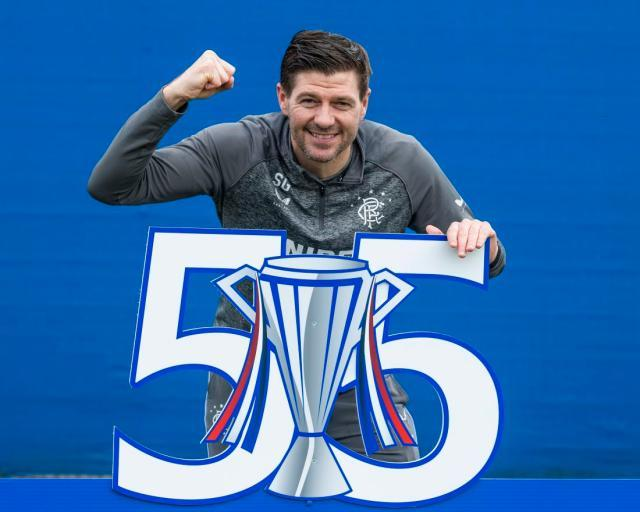 070321_Rangers_Champions_Gerrard_01.jpg