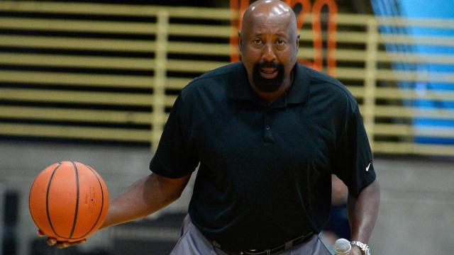 mike-woodson-plain-basketball-g.jpg