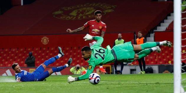 Premier-League-Welbeck-scores-for-Brighton-but-Manchester-United-replenish.jpg
