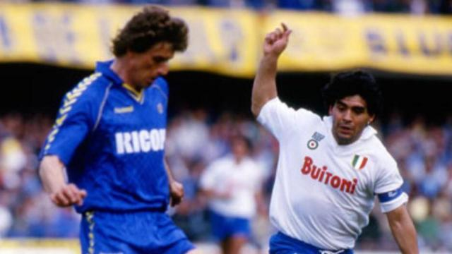 domenico-volpati-links-gegen-diego-maradona-der-zahnarzt-gewann-mit-hellas-verona-den-scudetto-in-der-saison-198485.jpg