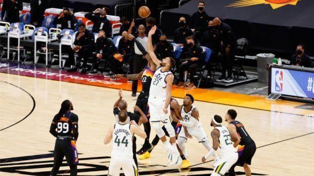 Rudy-Gobert-Utah-Jazz-Phoenix-Suns-620x349.jpg