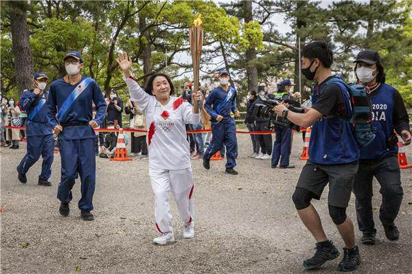 Olympic+Torch+Relay+Tokyo+2020+GettyImages-1311053360.jpg