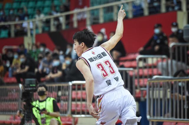 浙江队再度下起疯狂三分雨半决赛PK辽宁看点多多