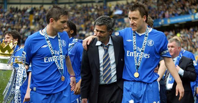 Frank-Lampard-Jose-Mourinho-John-Terry-celebrate-Premier-League-title-2005.jpg
