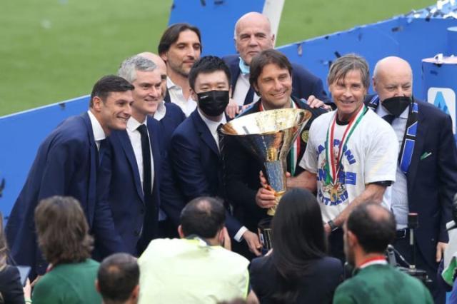 FC-Internazionale-Milano-v-Udinese-Calcio---Serie--1e26f107f9098e1d975c2c10612be810.jpg