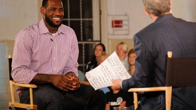 《【杏鑫娱乐登录注册平台】【观察】里奇·保罗如何帮詹姆斯撬动NBA联盟格局?》